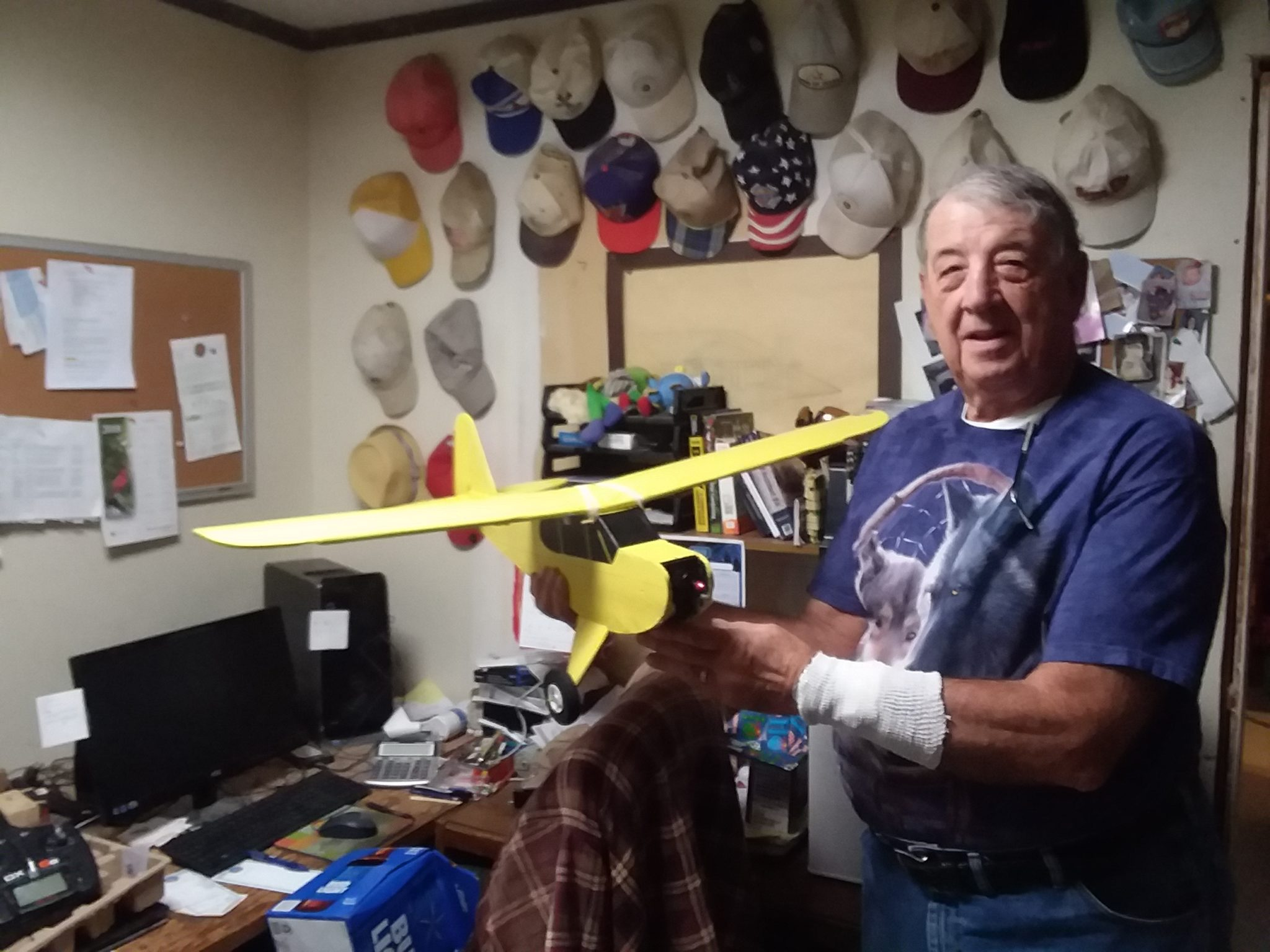 My father in law is switching from golf to r/c. His first plate is from Flite test 20171209_07442520