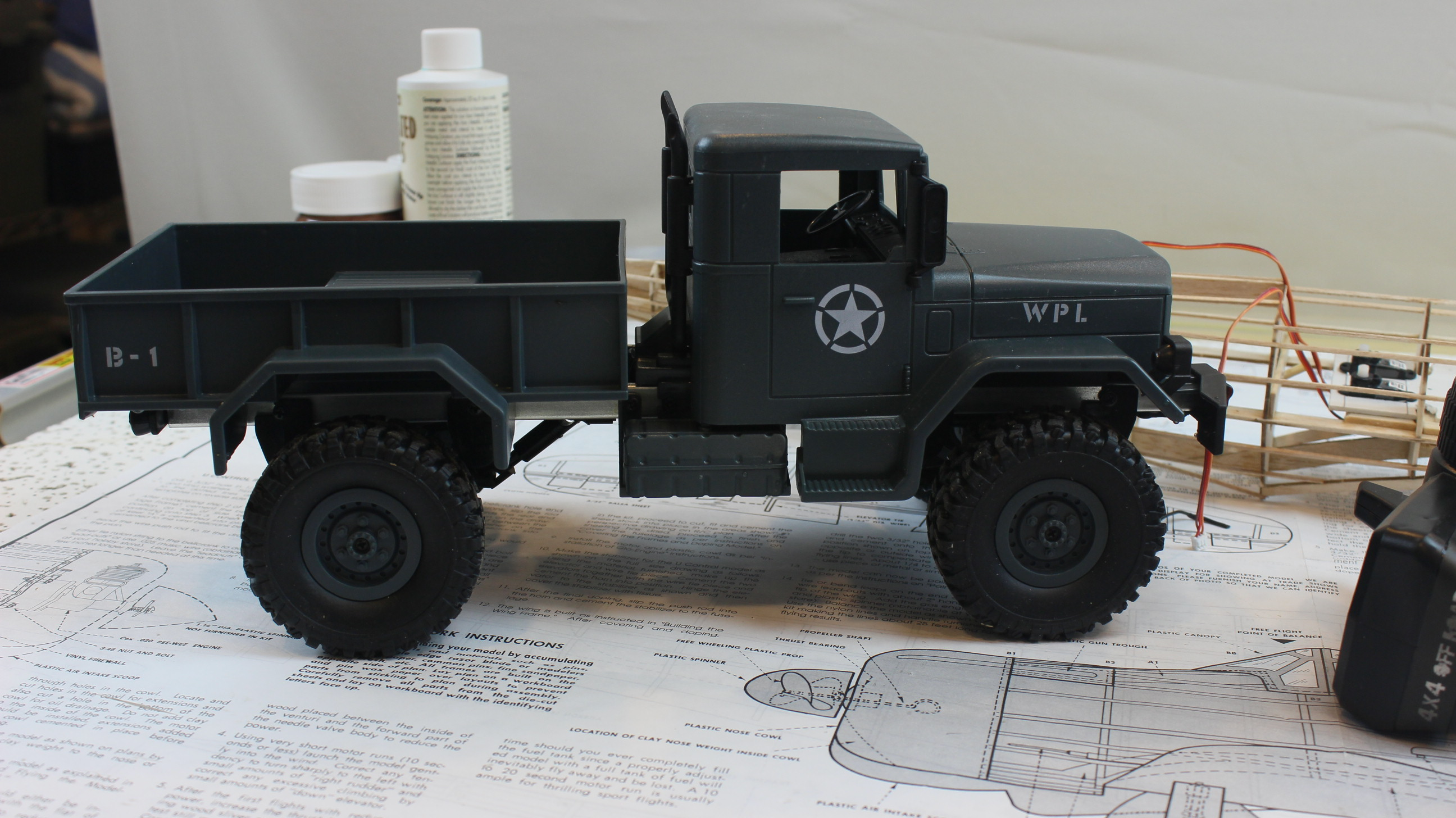 ordered a HENG LONG 3853A 1/16 2.4G 4WD Off-Road RC Military Truck Rock Crawler Army Car from Amazon